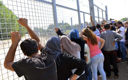 Унгария вече връща мигранти без съд