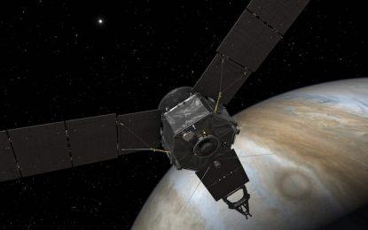 Сонда на НАСА изследва дълбините на Юпитер