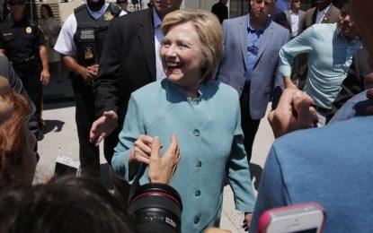 Хилари Клинтън няма да бъде съдена за имейл скандала