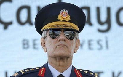Бивш шеф на ВВС на Турция сочен за лидер на метежа