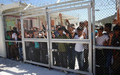 Гърция строи нови центрове за бежанци