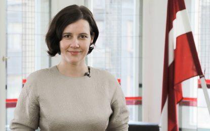 Латвийска министърка пропуска среща на ЕС заради шах