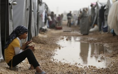 Бежанските лагери ще останат. И имат нужда от ток, вода и пътища