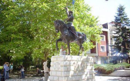 """С """"Шуми Марица"""" ще посреща паметникът на ген. Иван Колев в Добрич"""