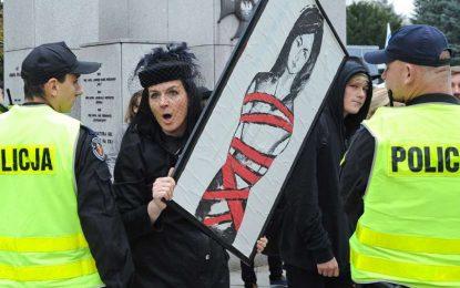 Протести в Полша срещу забраната на абортите