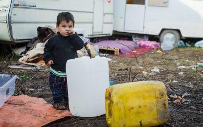 """Над 1000 деца остават в плен на """"джунглата"""" в Кале"""
