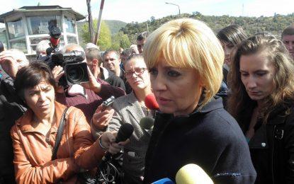Мая Манолова слезе под земята и остана при протестиращите миньори