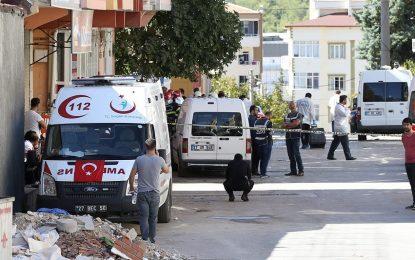 Турция арестува 12 терористи от ПКК, готвили атентат в Мерсин