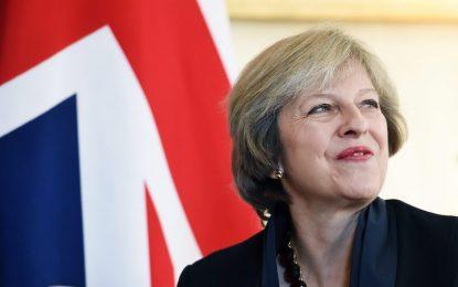 Тереза Мей склони на санкция на парламента за Brexit