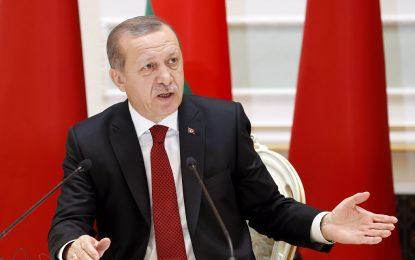 Ердоган пак размаха милионите бежанци срещу Европа