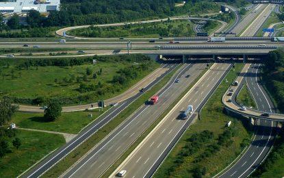 Съседките съдят Германия заради тол такса за аутобаните