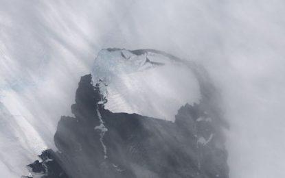 Ледът на Антарктида намалява със 7 метра годишно