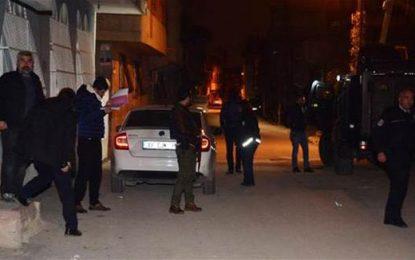 Турция арестува над 100 опозиционери след атентата