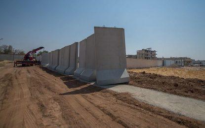Турция се огради с 330 км бетон от Сирия и Ирак
