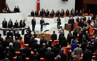 Пакетът от 18 промени в турската Конституция мина първо четене