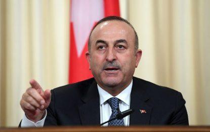 """Турция плаши Гърция с мигранти заради отказа да върне """"гюленисти"""""""