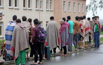 Германия отчете три пъти по-малко мигранти през 2016