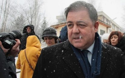 До месец Николай Ненчев предаден на съд