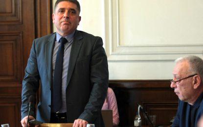 """ГЕРБ внесе закона """"Слави"""", но картата остави за президента"""