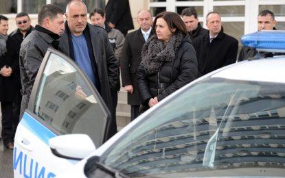МВР пазарува 278 нови автомобила и поръчва още 300