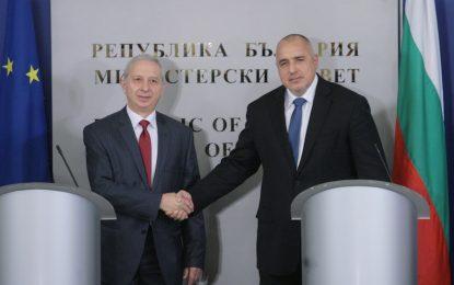 Борисов предаде властта на Герджиков с призив за ревизия