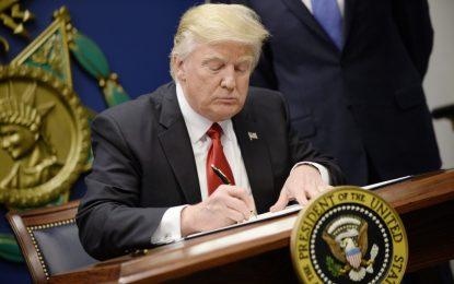 Тръмп забърка каша с мигрантите от първия ден